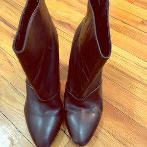 Jcrew black heeled booties